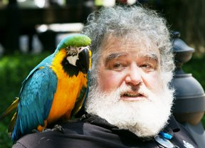 Chuck Blazer and a tropical bird.